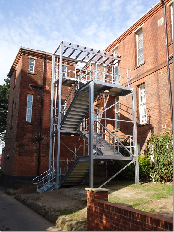 dUNCAN mACMILLIAM FIRE ESCAPE 001